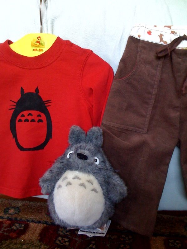 Feb2010_totoro_all_three_pieces